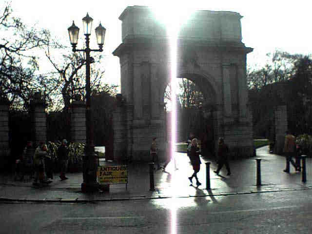 The main Gate To St. Stephen's Green. Click to Enlarge